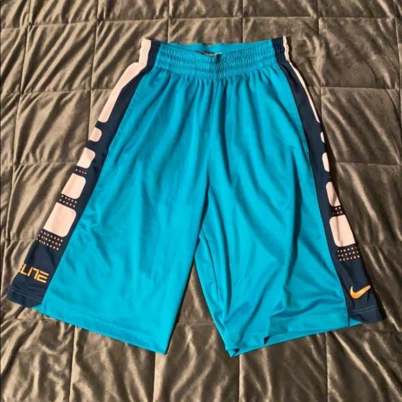 Men's small Nike elite basketball shorts.